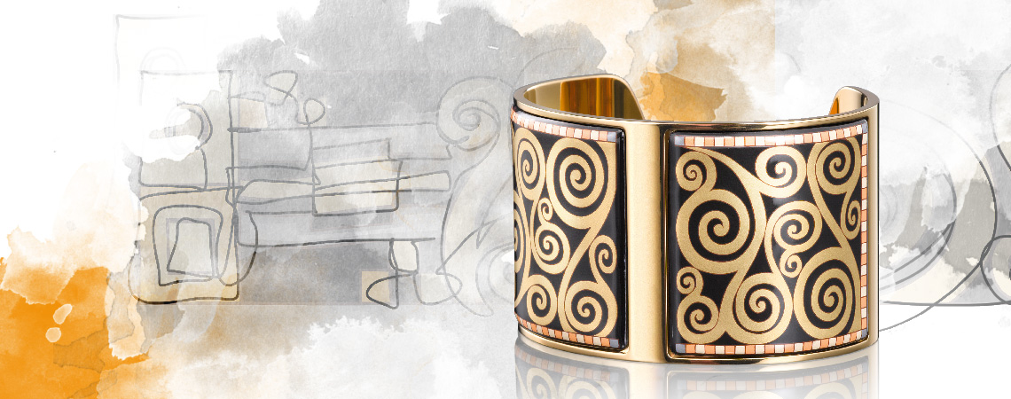 Hommage à Gustav Klimt collection design Adele Blochbauer Aphrodite bangle