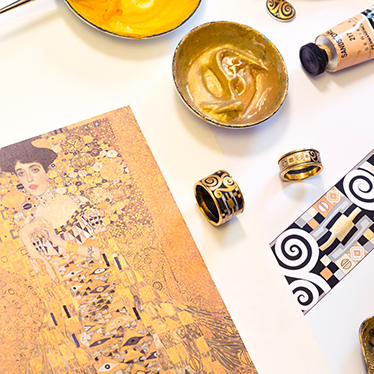 Making of the Hommage à Gustav Klimt design inspired by portrait Adele Bloch-Bauer.