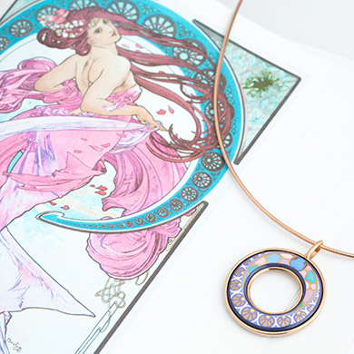Hommage á Alphonse Mucha Poésie D'Amour Helena Pendant and inspirational sketches